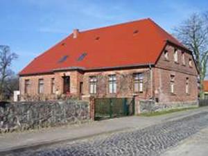EvangelischeHaeuser_PfarrhausWanzka
