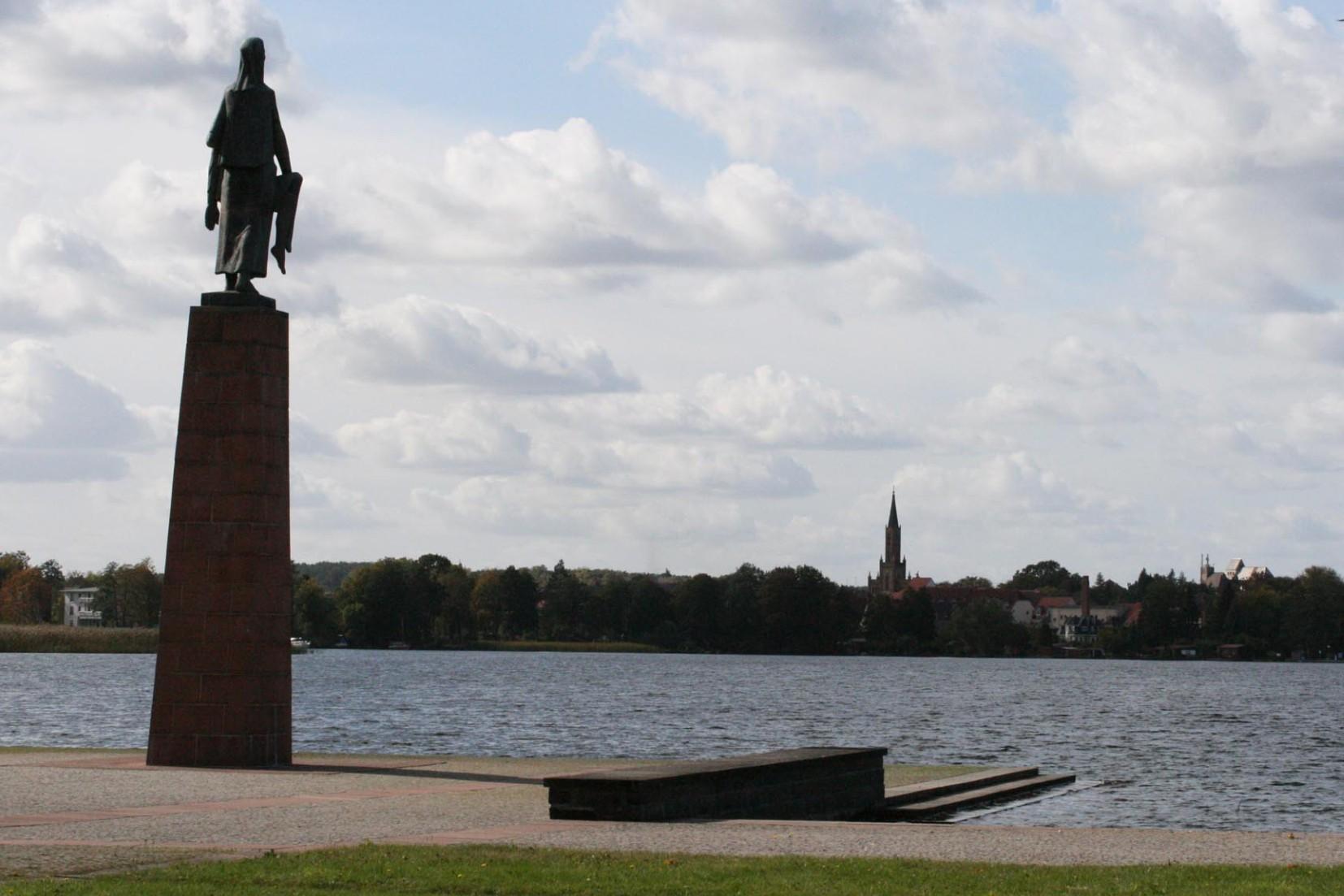 Interreligiöses Gedenken in der Mahn- und Gedenkstätte Ravensbrück