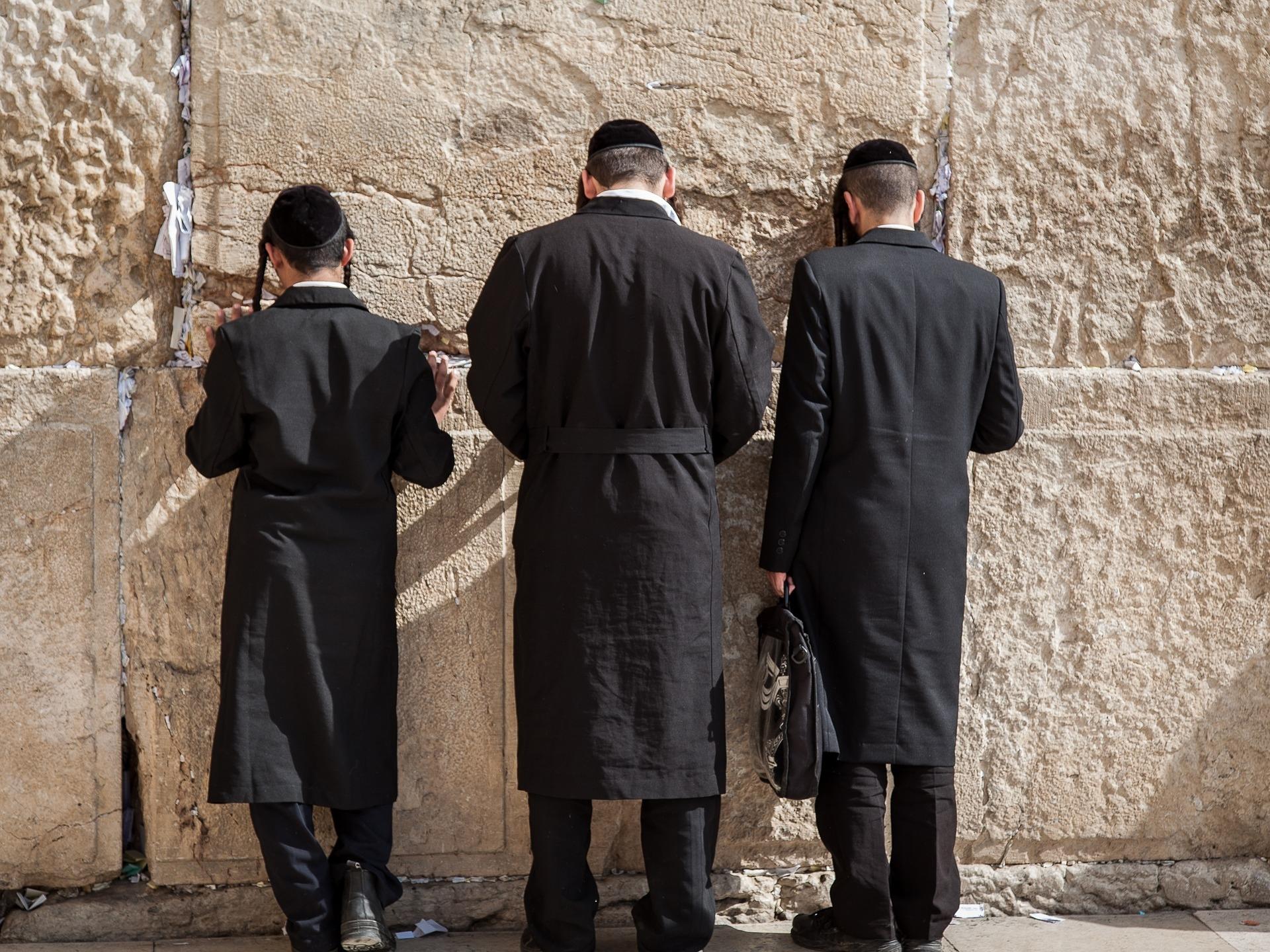 »Was ich schon immer mal zum Judentum wissen und fragen wollte« - Ein Gespräch über die Vielfalt jüdischer Lebens- und Glaubenswelten