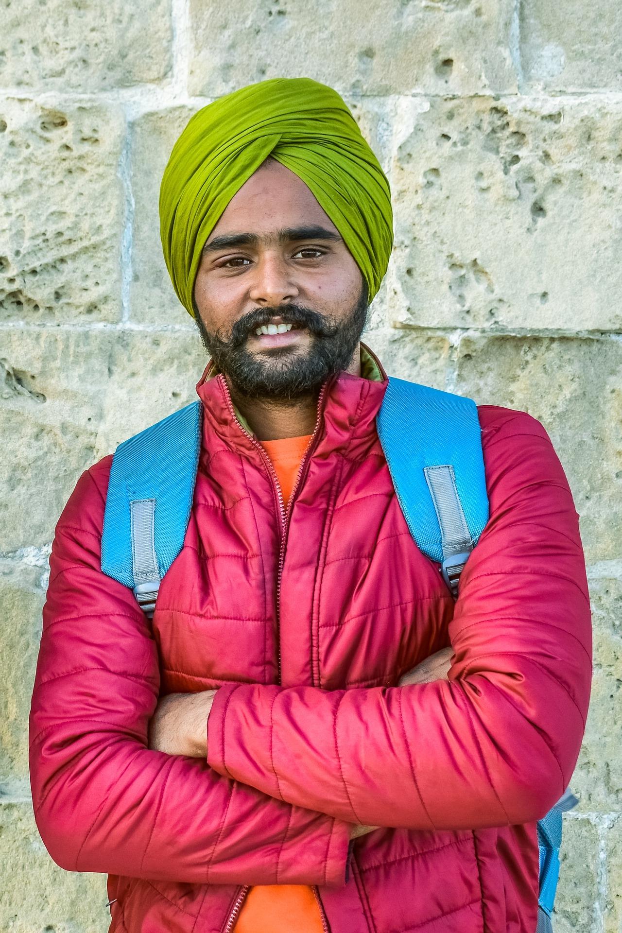 »Was ich schon immer mal über die Sikh-Religion wissen und fragen wollte« - Ein Gespräch über die reformatorische Religionsgemeinschaft zwischen Hinduismus und Islam