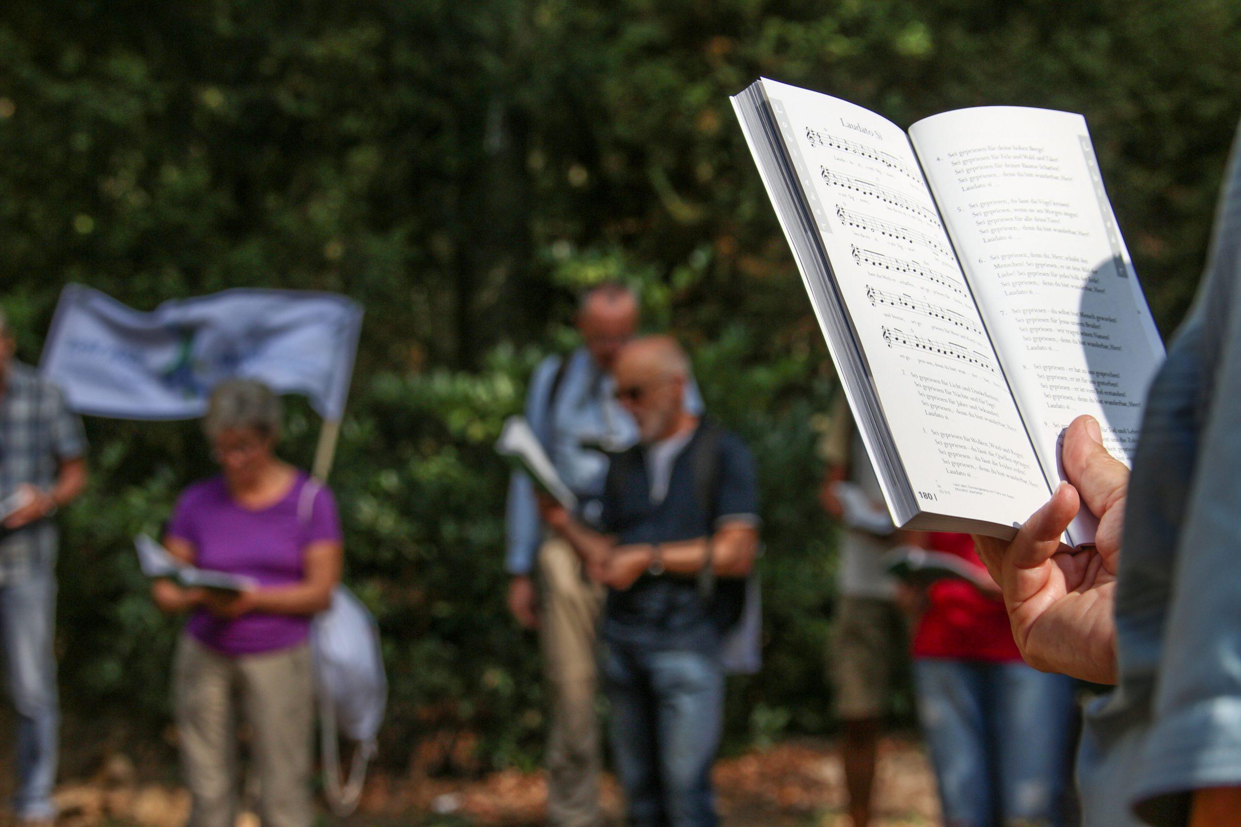 Update Liturgik - Liturgiewissenschaft und Liturgische Praxis